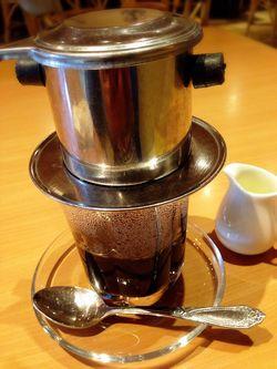 ベトナムコーヒーはデンデンスミルクだね.JPG
