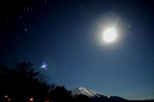 富士と月.jpg