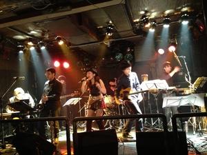 kazuemon_live02.jpg
