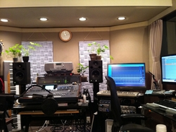studio_0725.jpg
